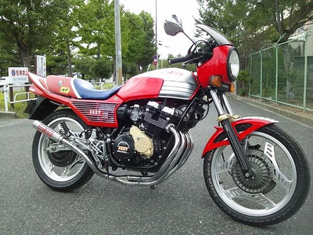 「HONDA CBX400F」生産終了から30年過ぎても人気は衰えない(写真は、「NGU Auto」の提供)
