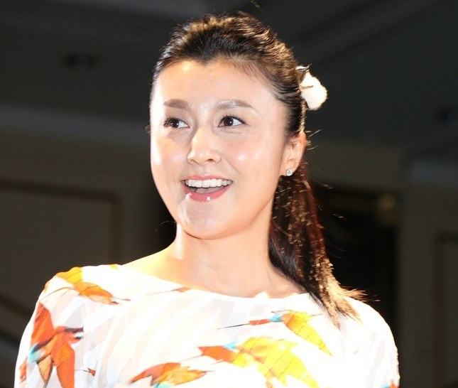 「月のパワー」利用したダイエット提唱の紀香さんに「大丈夫なのか?」の声(16年5月10日撮影)