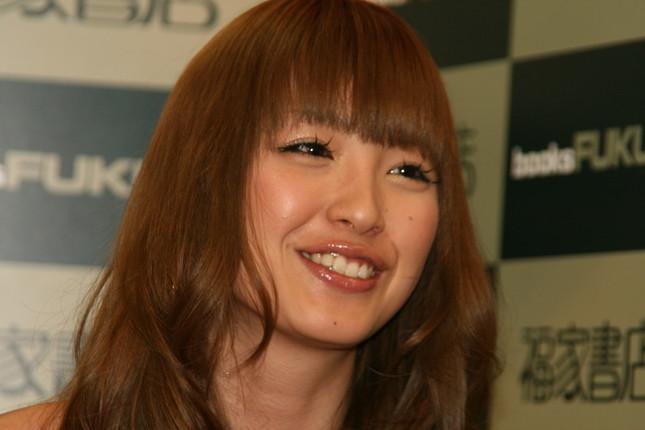 「許せる派」に立った木下優樹菜さん(2008年3月撮影)