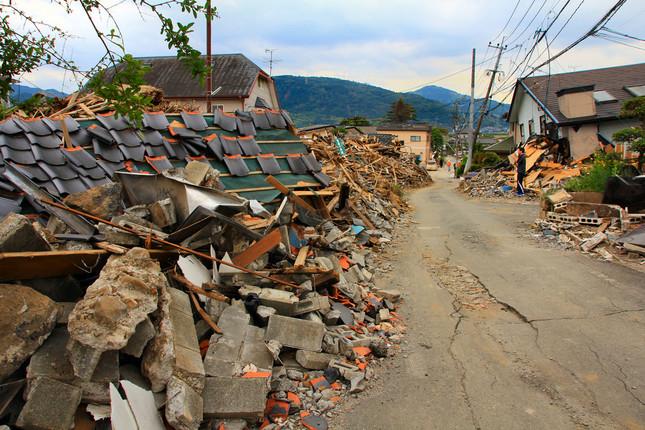 熊本市に隣接する益城町では、地震で多くの家屋が損壊した