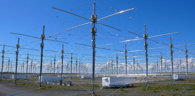 高周波活性オーロラ調査プログラムの施設(写真:AP/アフロ)