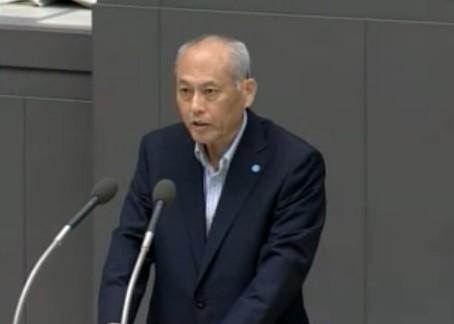 舛添知事は所信表明演説の中で一連の騒動について言及した(東京都議会公式サイトの動画より)