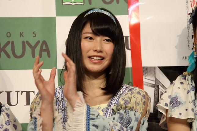 AKBグループ総監督の横山由依さんが休養中の岡田奈々さんへのエールを送った