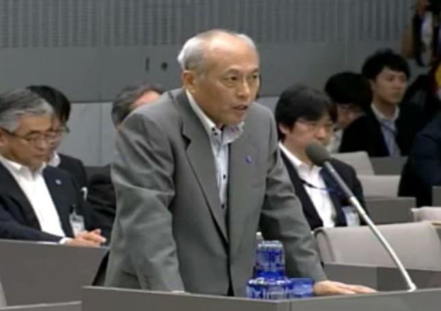 自ら解散に言及したことが「脅し」だと反発を呼んでいる(東京都議会インターネット中継)