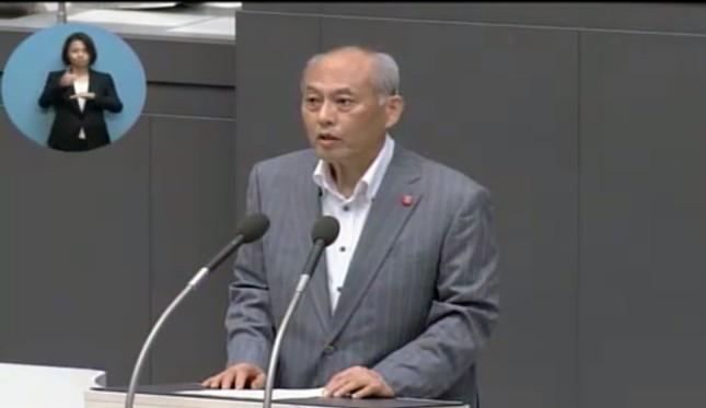 退任の挨拶に立った舛添知事(東京都議会インターネット中継)