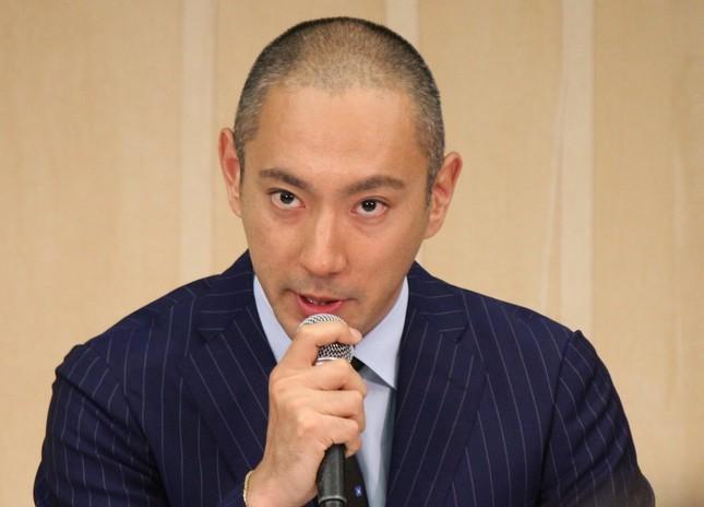 市川海老蔵さんは6月9日の会見で妻・小林麻央さんの乳がんを公表した