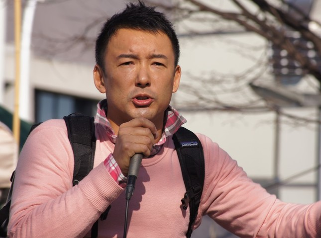 党首討論で安倍首相を「攻撃」した山本太郎氏(写真は2013年12月撮影)