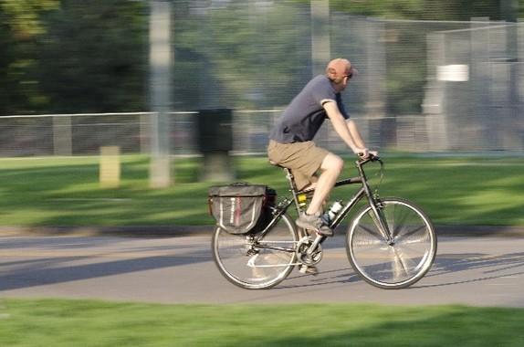 大阪府は7月から、自転車保険への加入を義務化する