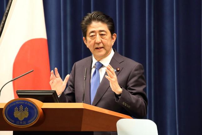 安倍首相は引き続き靖国神社参拝を見送る方針を示唆した(2016年6月撮影)