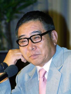 2001年参院選出馬にあたり、外国特派員協会で記者会見に出席した大橋さん(写真:Haruyoshi Yamaguchi/アフロ)