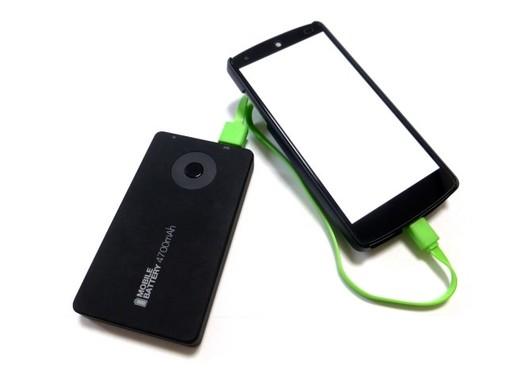 「ポケモンGO」人気で、モバイルバッテリーが売れている!