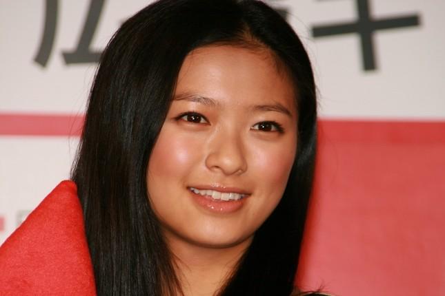 榮倉奈々さんは賀来賢人さんと結婚した(08年1月撮影)