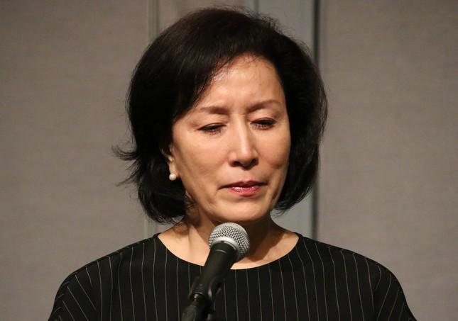 息子・高畑裕太容疑者の逮捕を受け、謝罪会見に臨んだ高畑淳子さん(写真は2016年8月26日撮影)