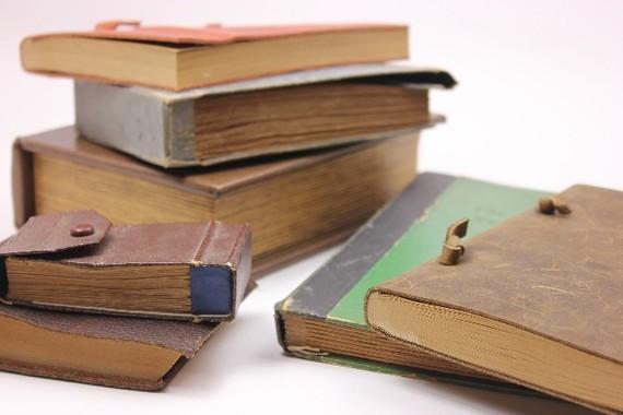図書館が寄贈本を破棄して大騒ぎ(写真はイメージ)