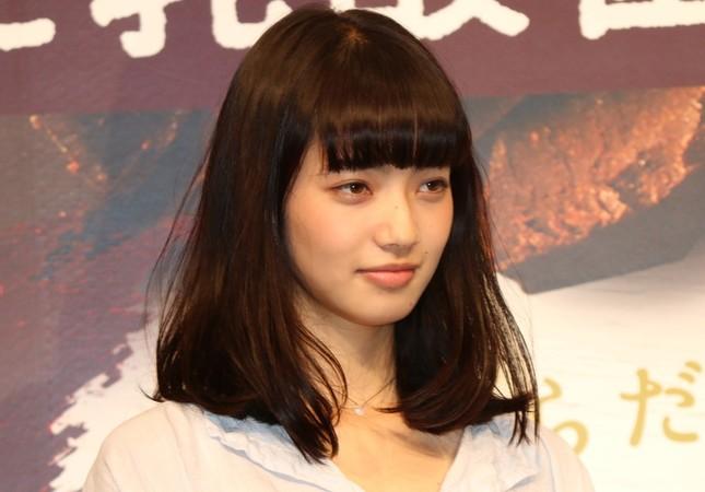 G-DRAGONさんとの熱愛説が浮上している小松菜奈さん(2016年6月撮影)