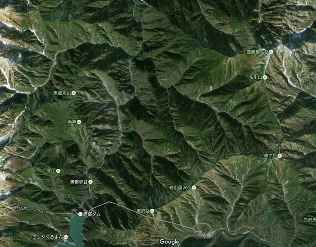 小規模地震が頻発している黒部ダム北側の地域(C)Google
