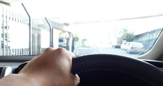 高齢者の運転は「ひどい」のか(写真はイメージ)