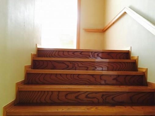 家の中で階段の上り下りがつらくないですか