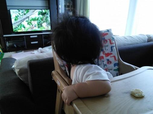 赤ちゃんが泣き始めたら、画面を切り替えて…(写真はイメージ)