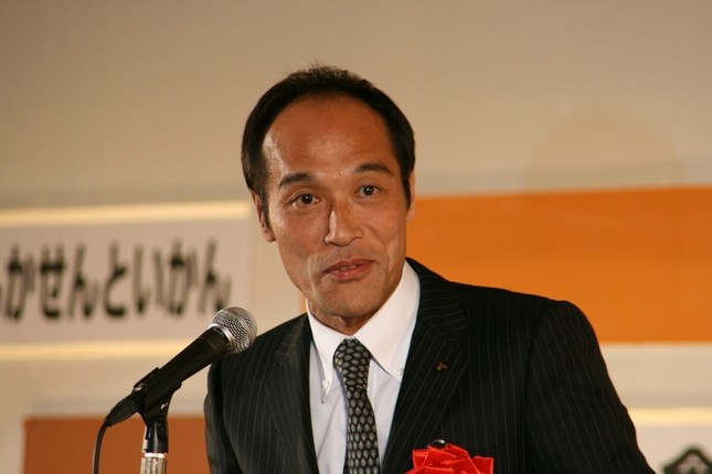 東国原氏「鳥越氏は選挙戦に出る資質に欠けている」(07年12月撮影)
