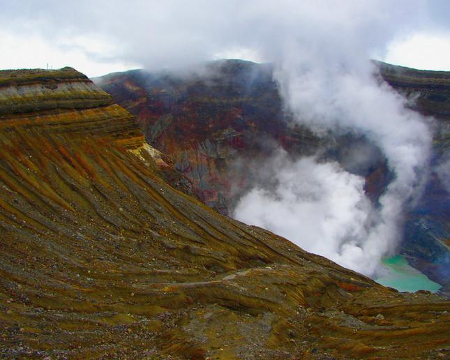 8日未明に噴火が発生した(画像は資料写真)