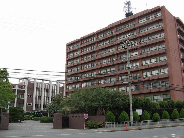 「理工系分野に興味のある女子高生を応援したい」と大阪電通大(Wikimedia Commonsより)