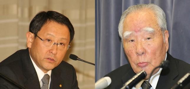 トヨタの豊田章男社長(写真左、2010年2月撮影)とスズキの鈴木修会長(右、2016年5月撮影)