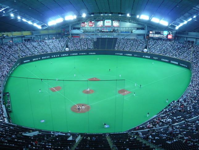 日本球史最速「165」キロ(写真は札幌ドーム、Wikimedia Commonsより)