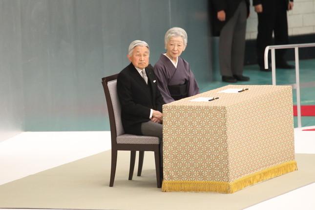 天皇陛下は16年12月に83歳の誕生日を迎える(2016年8月撮影)