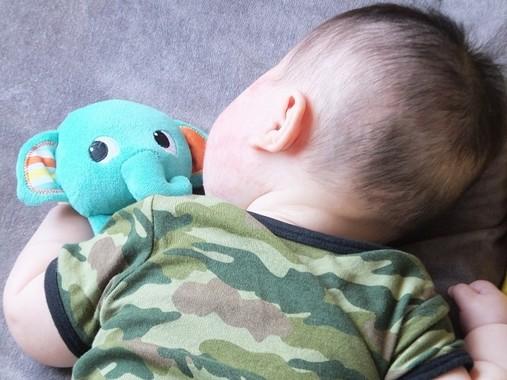 うつぶせ寝やおもちゃは危険!