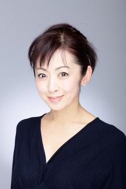 女性部門大賞の斉藤由貴さん