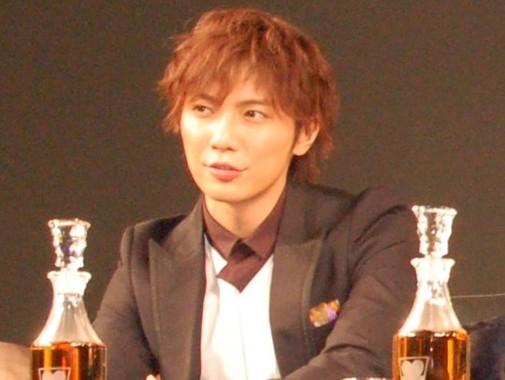 芸能界引退を発表した成宮寛貴さん(2009年12月撮影)