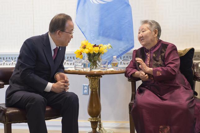 国連の潘基文(バン・ギムン)事務総長は、元慰安婦の女性との面会でも「日韓合意支持」を表明していた(UN Photo/Eskinder Debebe)