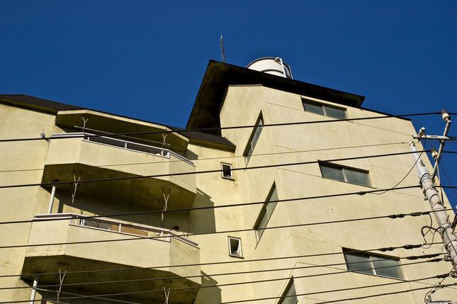 高級住宅街のイメージがある東京・世田谷区でも「マンション空き家率」は12%超もある(写真は、イメージ)