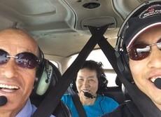片目を失ってもパイロットになれる 米国の空を舞う日本人の挑戦