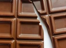 高カカオチョコレート:食べると脳が若返る? 国家プロジェクト並みの研究本格化