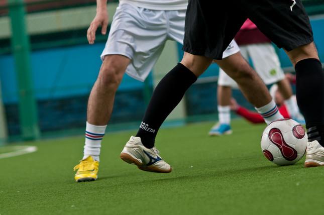 内田篤人選手の膝蓋腱炎は、トップアスリートに限ったけがではない