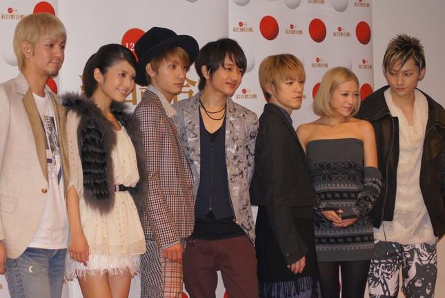 計7回紅白歌合戦に出場している「AAA」。右から2番目が伊藤千晃さん(写真は2011年の紅白歌合戦リハーサル時)