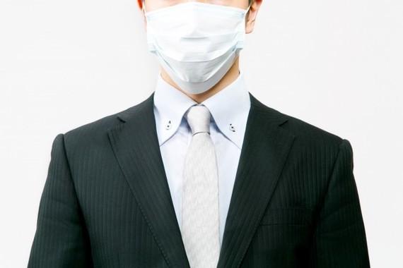 季節柄、マスクをする人は多い