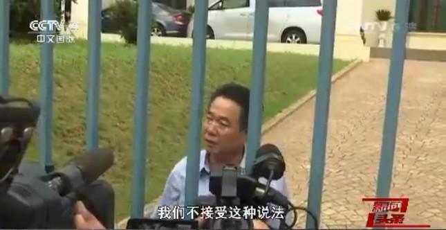 正男氏の暗殺事件は中国国営中央テレビ(CCTV)も大きく取り扱った。クアラルンプールの北朝鮮大使館前の様子も伝えていた