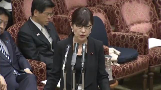 稲田朋美防衛相は籠池氏の証言を「虚偽」だと主張している(写真は参院インターネット中継より)