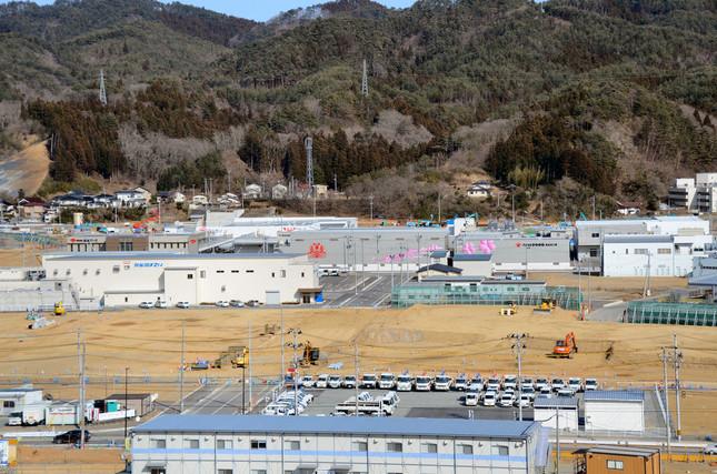 震災から6年、気仙沼・鹿折地区の水産加工業集積地に、新しい建物が立ち並ぶ