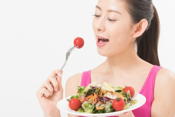 乳がん予防には若い頃からサラダを(画像はイメージ)