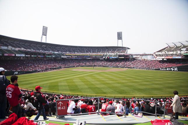 1試合で広島が15、阪神が13の四死球を出した