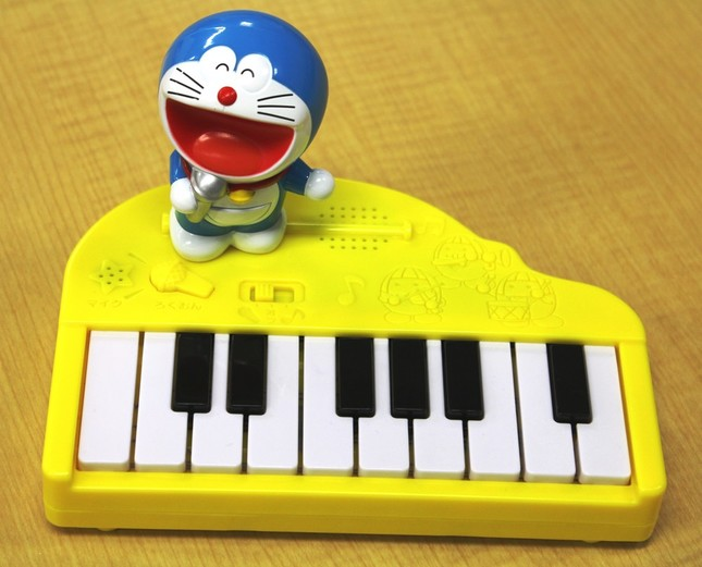 「ドラえもん うたって!こえピアノ」