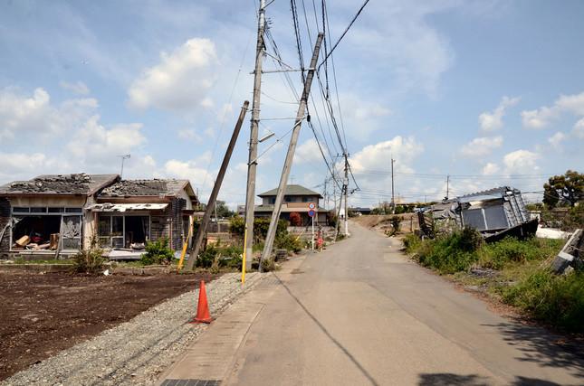 益城町では、倒壊した住宅の大部分が片づき空き地が点在していた