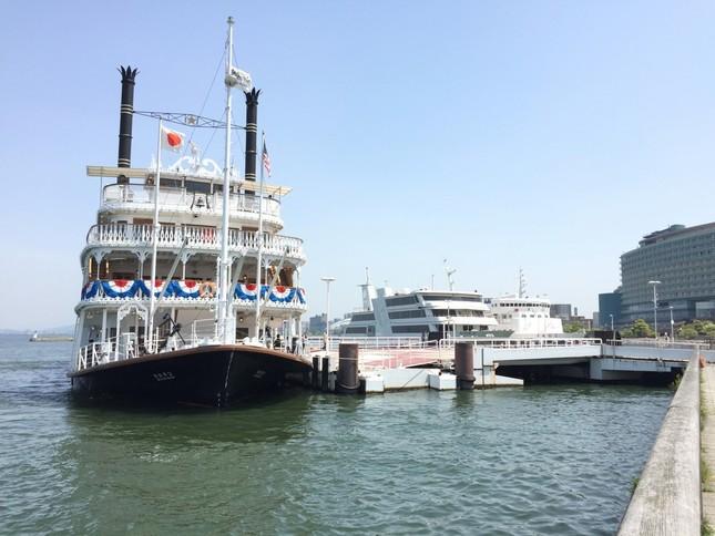 琵琶湖に浮かぶミシガン