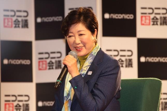 「ニコニコ超会議」のステージイベントに出演した東京都の小池百合子知事