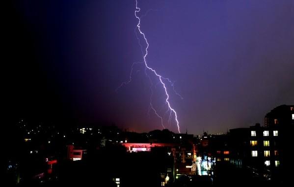 ぜんそくの人は雷雨に注意