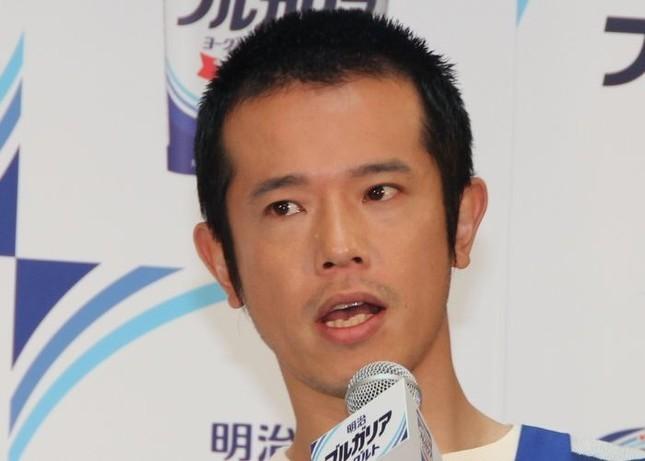 アニサキス8匹が見つかったという「品川庄司」の庄司智春さん(2013年4月J-CASTニュース編集部撮影)